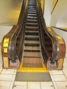 Modern escalator, 111 years ago!